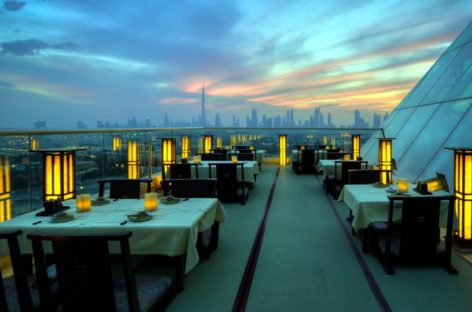You Have To Eat At These 5 Restaurants In Dubai
