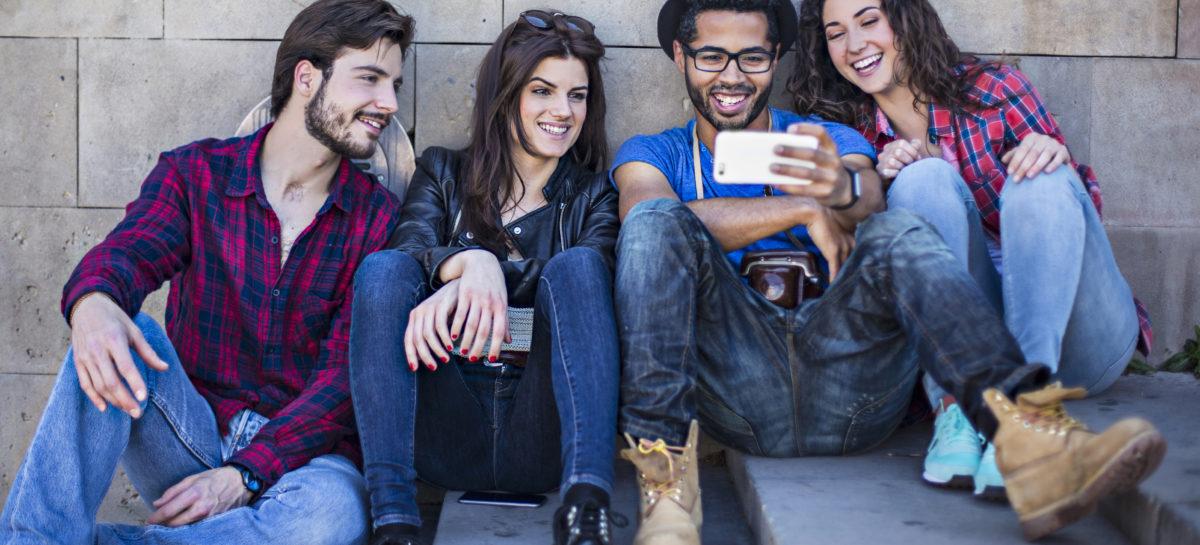 Why People Enjoy Watching Free Movies Online